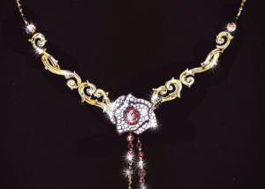 FINE JEWELLERY NECKLACE